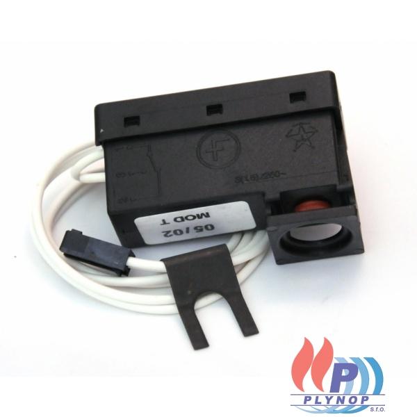 Spínač tlaku topné vody BUDERUS Logamax U002 / U004 / U102 / U104 - 7101174